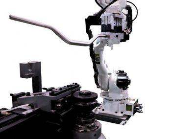 Vaihtoehtona robottisyöttö ja purku